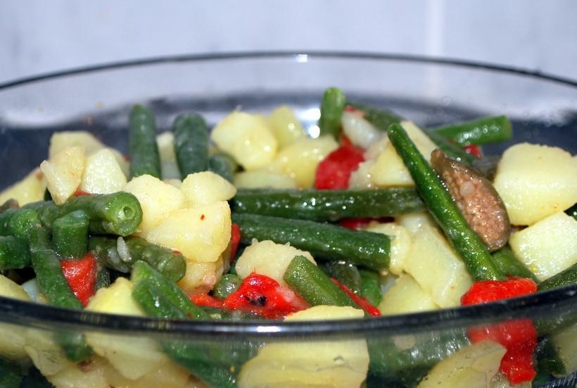 Potato, bean & caper salad (4)