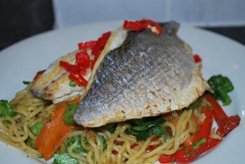 Sea Bream & Asian Noodles (3)