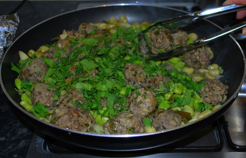 Meatballs with Broad Beans Main Photo
