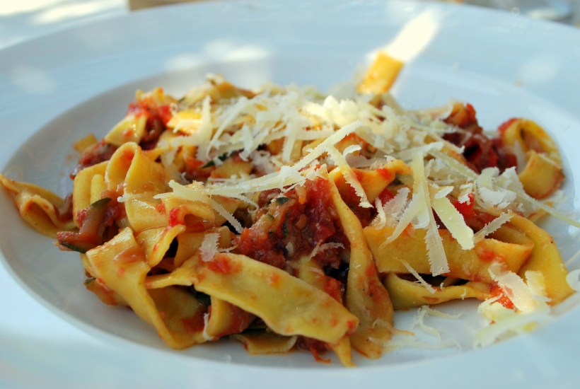 Pasta with Tomato and anchovy sauce (4)