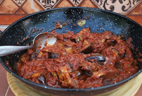 Chargrilled Aubergines in Tomato (7)