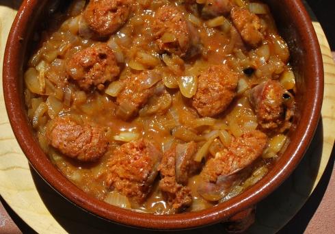 Chorizo con Cebolla (1)