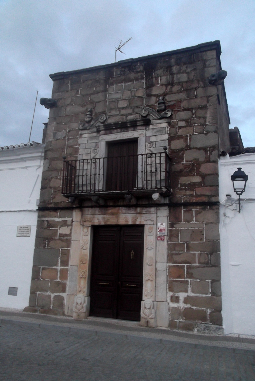 House of Garlandi. 17th Century. Constructed with Roman materials reused from the Temple of Saint Coronado.